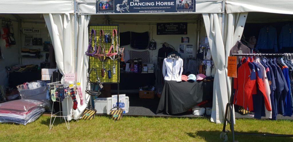 Dancing Horse Boneo Show Jumping4